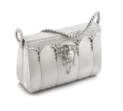 touto kabelkou Vás nikdo nepřehlédne a budete hvězdou večera ...